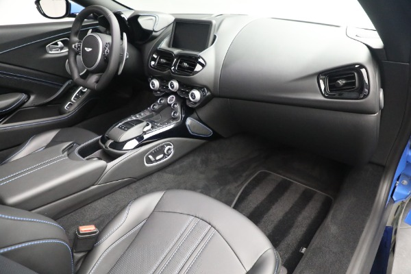 New 2021 Aston Martin Vantage Roadster for sale $186,386 at Aston Martin of Greenwich in Greenwich CT 06830 23