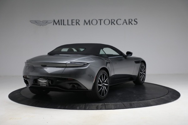 New 2021 Aston Martin DB11 Volante for sale $260,286 at Aston Martin of Greenwich in Greenwich CT 06830 26