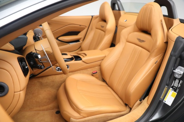 New 2021 Aston Martin Vantage Roadster for sale $174,586 at Aston Martin of Greenwich in Greenwich CT 06830 14