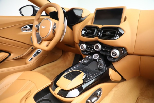 New 2021 Aston Martin Vantage Roadster for sale $174,586 at Aston Martin of Greenwich in Greenwich CT 06830 16
