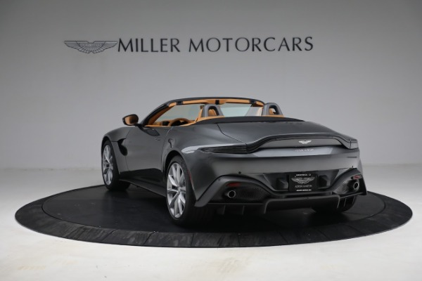 New 2021 Aston Martin Vantage Roadster for sale $174,586 at Aston Martin of Greenwich in Greenwich CT 06830 4