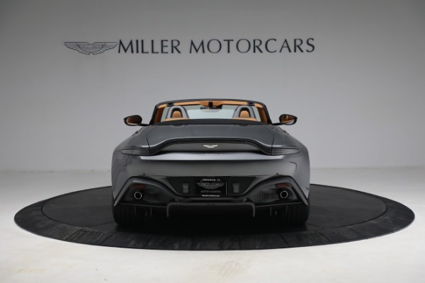 New 2021 Aston Martin Vantage Roadster for sale $174,586 at Aston Martin of Greenwich in Greenwich CT 06830 5