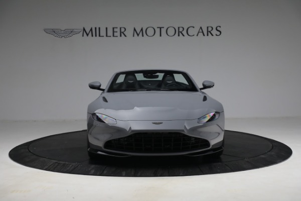 New 2021 Aston Martin Vantage Roadster for sale $180,286 at Aston Martin of Greenwich in Greenwich CT 06830 11