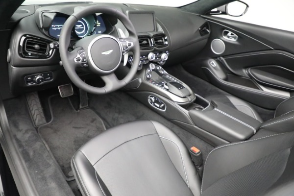 New 2021 Aston Martin Vantage Roadster for sale $180,286 at Aston Martin of Greenwich in Greenwich CT 06830 13