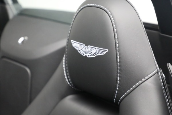 New 2021 Aston Martin Vantage Roadster for sale $180,286 at Aston Martin of Greenwich in Greenwich CT 06830 17