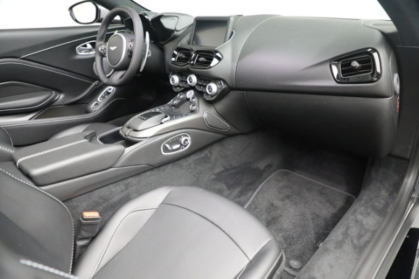 New 2021 Aston Martin Vantage Roadster for sale $180,286 at Aston Martin of Greenwich in Greenwich CT 06830 18