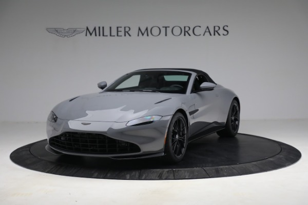New 2021 Aston Martin Vantage Roadster for sale $180,286 at Aston Martin of Greenwich in Greenwich CT 06830 21