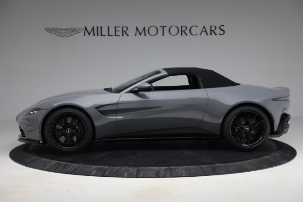 New 2021 Aston Martin Vantage Roadster for sale $180,286 at Aston Martin of Greenwich in Greenwich CT 06830 22