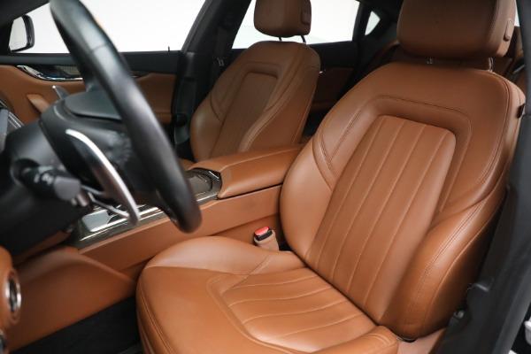 Used 2016 Maserati Quattroporte S Q4 for sale $46,900 at Aston Martin of Greenwich in Greenwich CT 06830 15