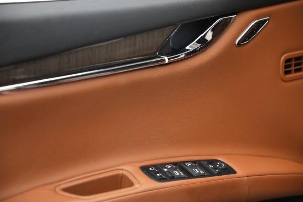 Used 2016 Maserati Quattroporte S Q4 for sale $46,900 at Aston Martin of Greenwich in Greenwich CT 06830 21
