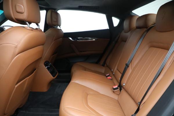 Used 2016 Maserati Quattroporte S Q4 for sale $46,900 at Aston Martin of Greenwich in Greenwich CT 06830 23