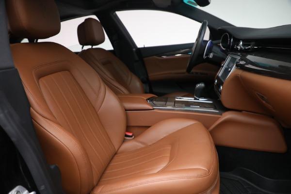 Used 2016 Maserati Quattroporte S Q4 for sale $46,900 at Aston Martin of Greenwich in Greenwich CT 06830 27