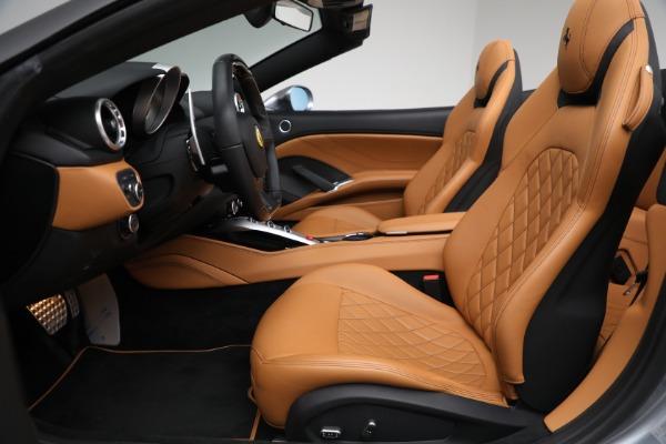 Used 2017 Ferrari California T for sale Sold at Aston Martin of Greenwich in Greenwich CT 06830 26