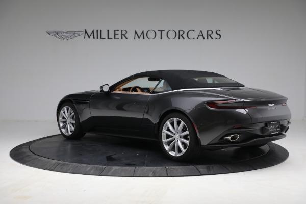 Used 2019 Aston Martin DB11 Volante for sale $212,990 at Aston Martin of Greenwich in Greenwich CT 06830 19