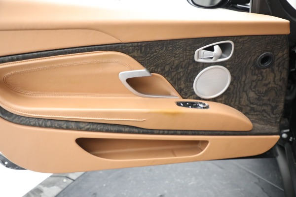 Used 2019 Aston Martin DB11 Volante for sale $212,990 at Aston Martin of Greenwich in Greenwich CT 06830 28