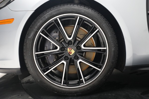 Used 2018 Porsche Panamera 4 Sport Turismo for sale $97,900 at Aston Martin of Greenwich in Greenwich CT 06830 15