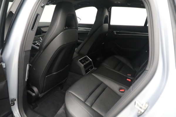Used 2018 Porsche Panamera 4 Sport Turismo for sale $97,900 at Aston Martin of Greenwich in Greenwich CT 06830 20
