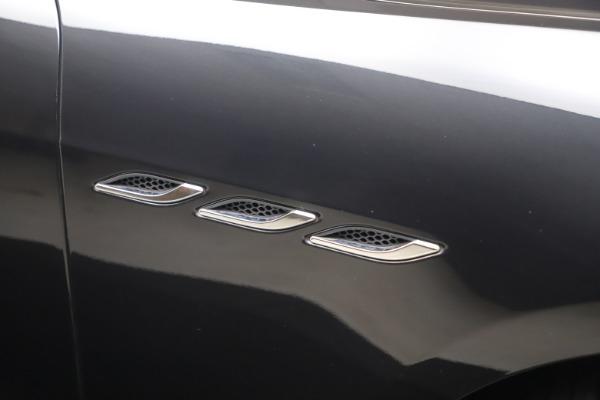 Used 2018 Maserati Ghibli SQ4 for sale $54,900 at Aston Martin of Greenwich in Greenwich CT 06830 21