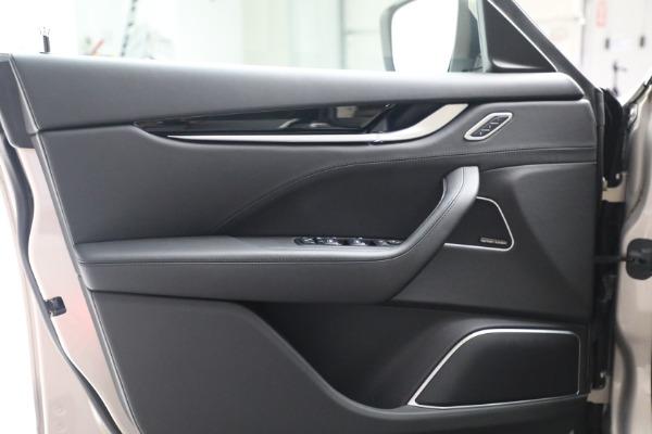 Used 2018 Maserati Levante for sale $57,900 at Aston Martin of Greenwich in Greenwich CT 06830 15
