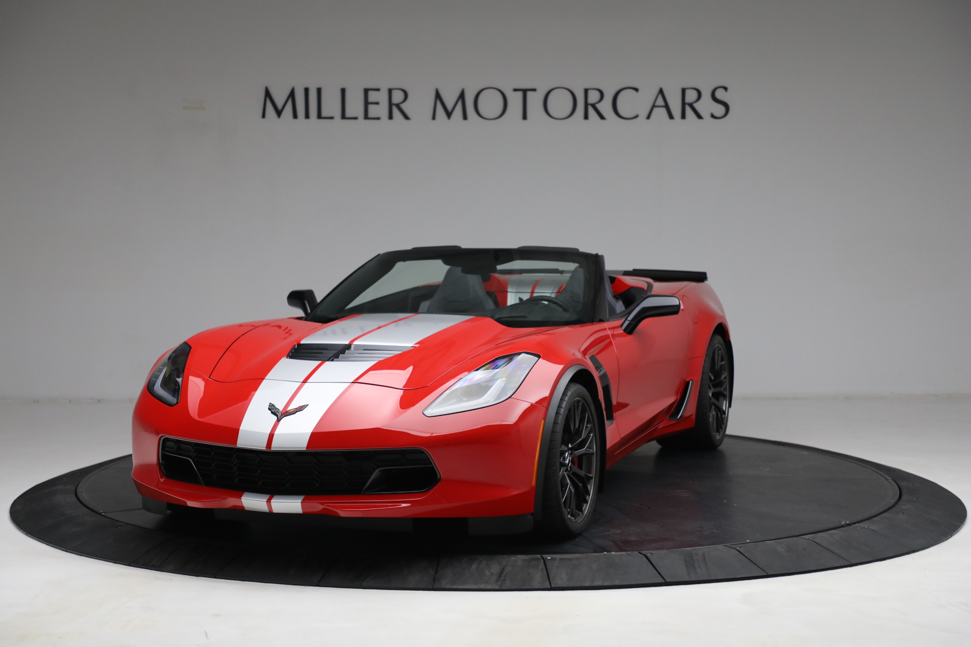 Used 2015 Chevrolet Corvette Z06 for sale $89,900 at Aston Martin of Greenwich in Greenwich CT 06830 1