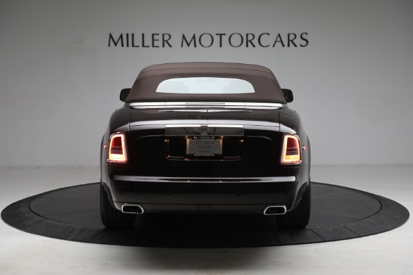 Used 2015 Rolls-Royce Phantom Drophead Coupe for sale Call for price at Aston Martin of Greenwich in Greenwich CT 06830 19