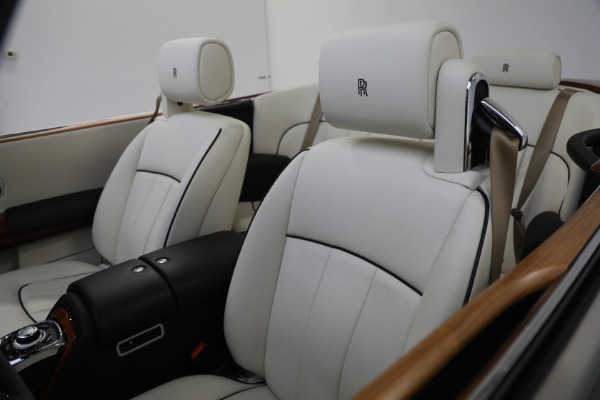Used 2015 Rolls-Royce Phantom Drophead Coupe for sale Call for price at Aston Martin of Greenwich in Greenwich CT 06830 25