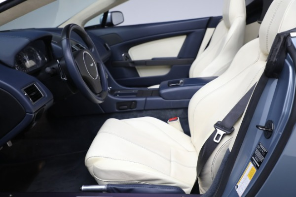 Used 2009 Aston Martin V8 Vantage Roadster for sale Call for price at Aston Martin of Greenwich in Greenwich CT 06830 14