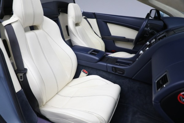 Used 2009 Aston Martin V8 Vantage Roadster for sale Call for price at Aston Martin of Greenwich in Greenwich CT 06830 20