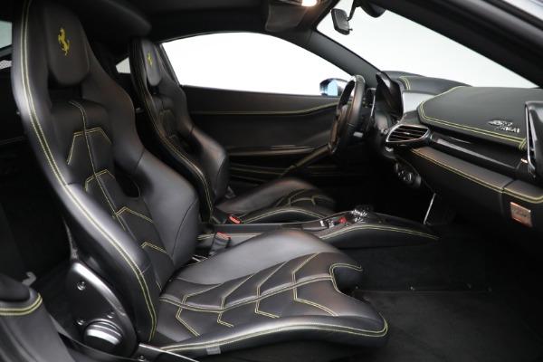 Used 2011 Ferrari 458 Italia for sale $229,900 at Aston Martin of Greenwich in Greenwich CT 06830 18