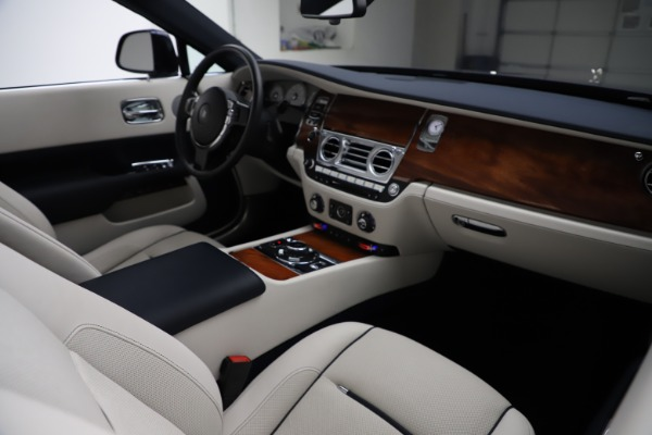 Used 2016 Rolls-Royce Dawn for sale Sold at Aston Martin of Greenwich in Greenwich CT 06830 28