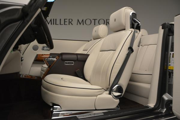 Used 2015 Rolls-Royce Phantom Drophead Coupe for sale Sold at Aston Martin of Greenwich in Greenwich CT 06830 26