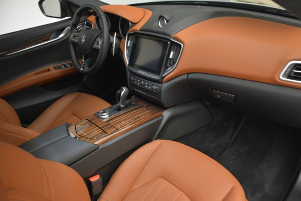 Used 2017 Maserati Ghibli S Q4 EX-LOANER for sale Sold at Aston Martin of Greenwich in Greenwich CT 06830 20