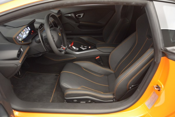Used 2015 Lamborghini Huracan LP 610-4 for sale Sold at Aston Martin of Greenwich in Greenwich CT 06830 14