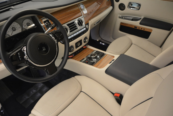 Used 2016 ROLLS-ROYCE GHOST SERIES II for sale Sold at Aston Martin of Greenwich in Greenwich CT 06830 22