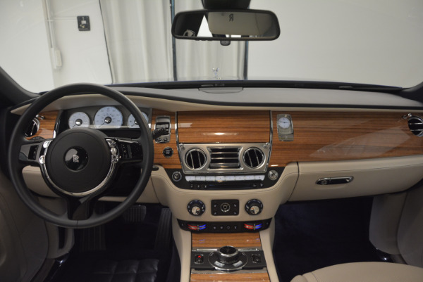 Used 2016 ROLLS-ROYCE GHOST SERIES II for sale Sold at Aston Martin of Greenwich in Greenwich CT 06830 24