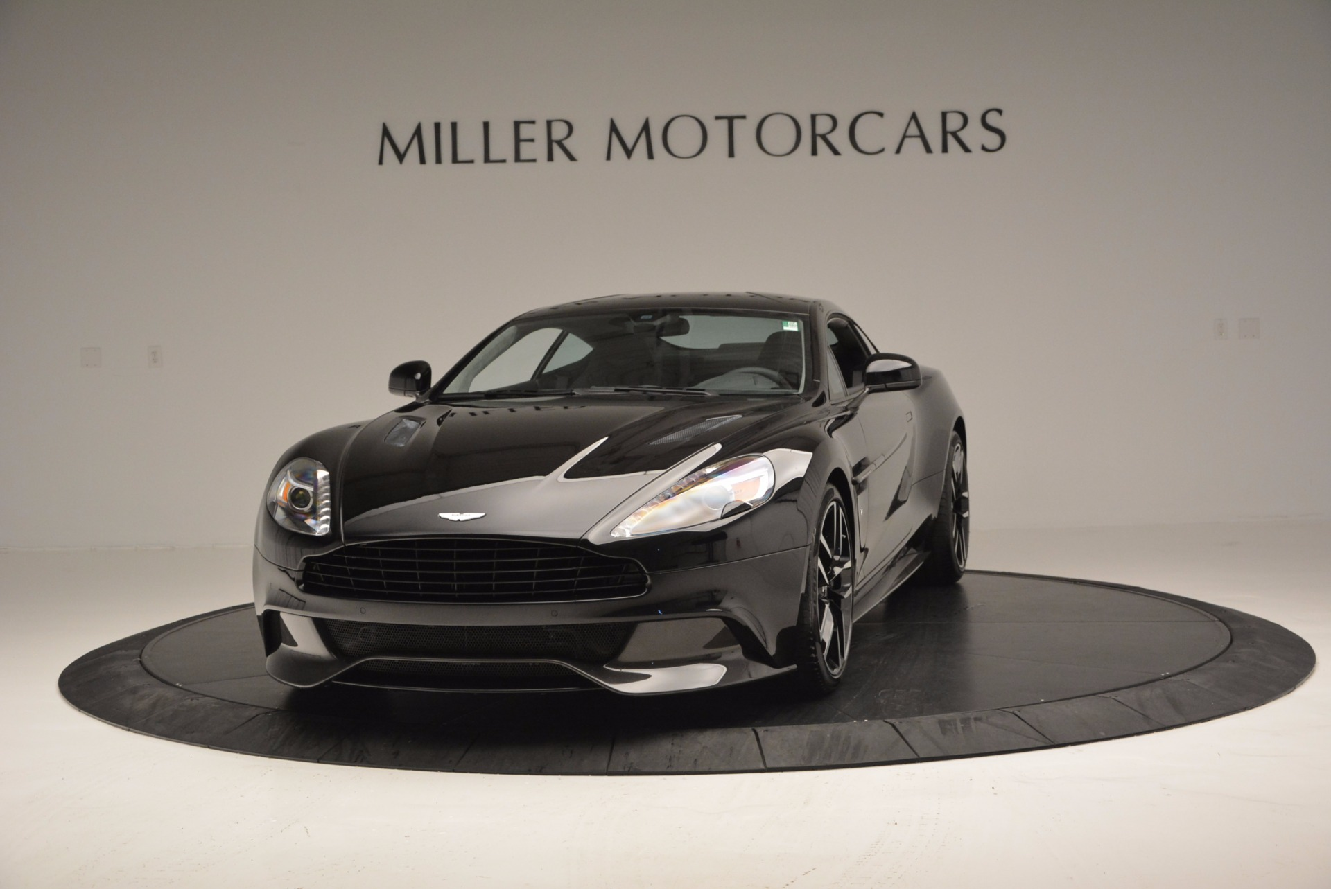 Used 2017 Aston Martin Vanquish Coupe for sale Sold at Aston Martin of Greenwich in Greenwich CT 06830 1