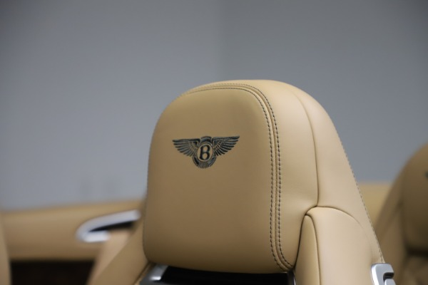 Used 2017 Bentley Continental GTC V8 S for sale $139,900 at Aston Martin of Greenwich in Greenwich CT 06830 28