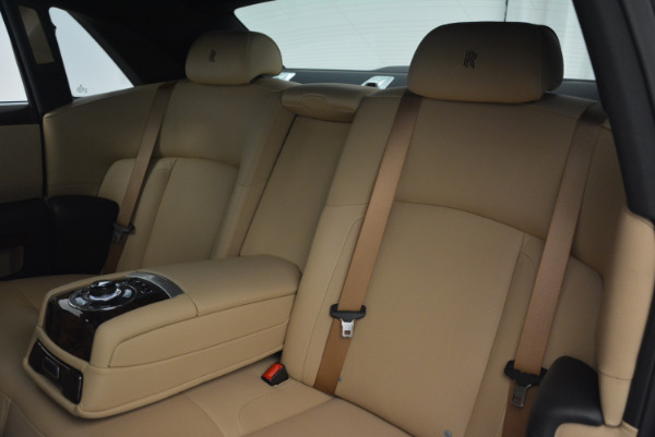 Used 2011 Rolls-Royce Ghost for sale Sold at Aston Martin of Greenwich in Greenwich CT 06830 22
