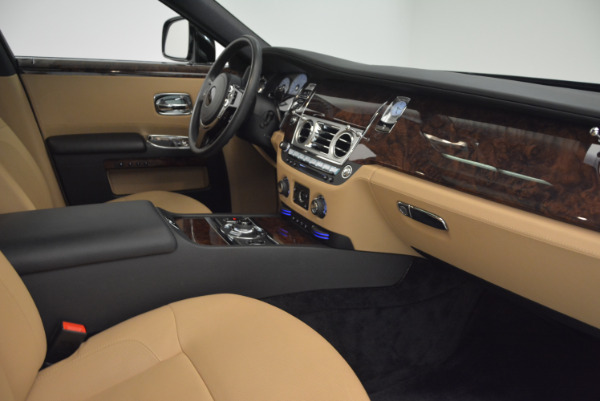 Used 2011 Rolls-Royce Ghost for sale Sold at Aston Martin of Greenwich in Greenwich CT 06830 27