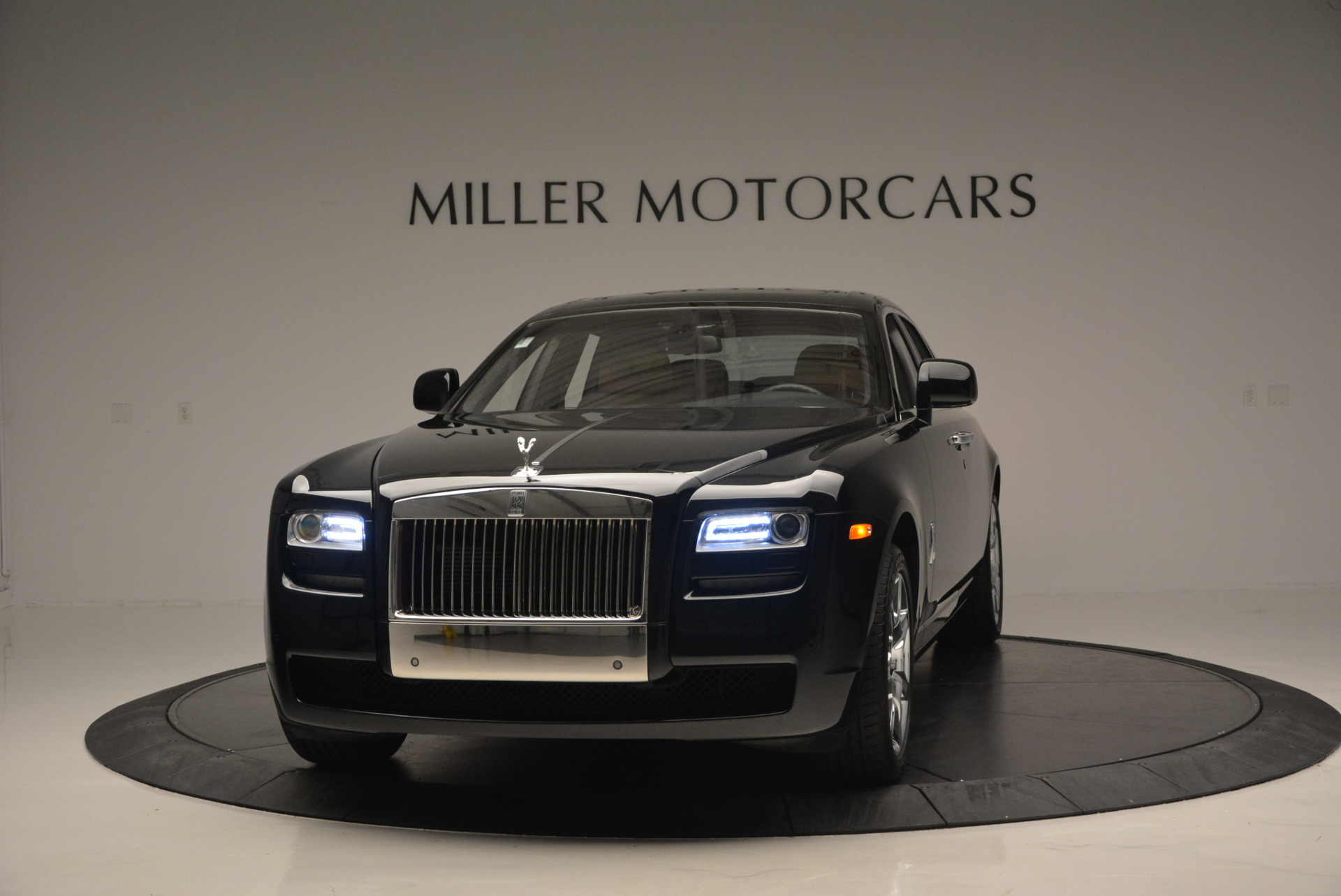 Used 2011 Rolls-Royce Ghost for sale Sold at Aston Martin of Greenwich in Greenwich CT 06830 1