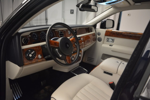Used 2011 Rolls-Royce Phantom for sale Sold at Aston Martin of Greenwich in Greenwich CT 06830 10