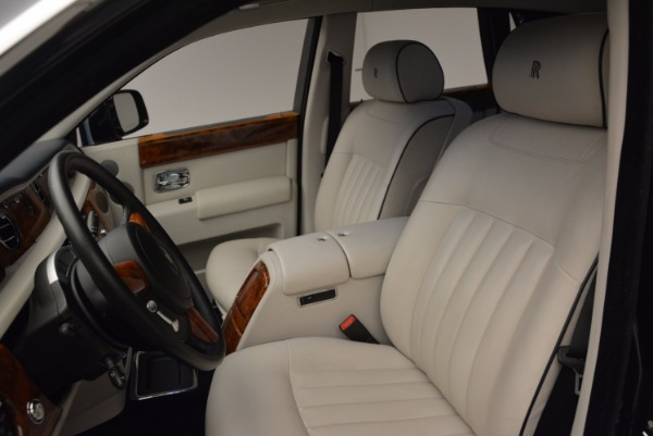 Used 2011 Rolls-Royce Phantom for sale Sold at Aston Martin of Greenwich in Greenwich CT 06830 11