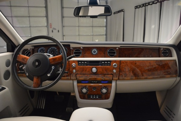 Used 2011 Rolls-Royce Phantom for sale Sold at Aston Martin of Greenwich in Greenwich CT 06830 16