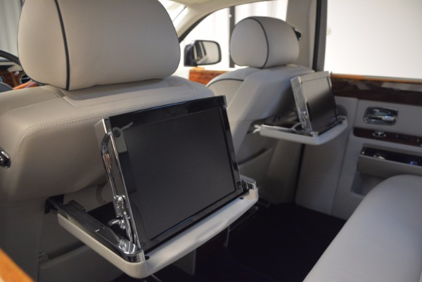 Used 2011 Rolls-Royce Phantom for sale Sold at Aston Martin of Greenwich in Greenwich CT 06830 21