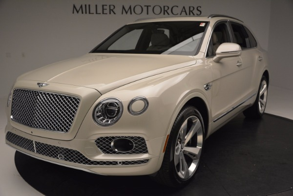 Used 2017 Bentley Bentayga for sale Sold at Aston Martin of Greenwich in Greenwich CT 06830 13