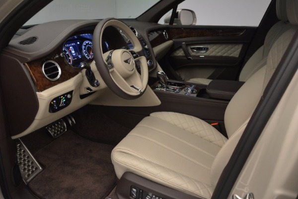 Used 2017 Bentley Bentayga for sale Sold at Aston Martin of Greenwich in Greenwich CT 06830 19