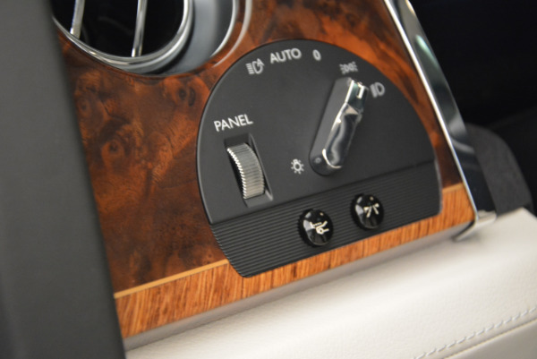 Used 2013 Rolls-Royce Ghost for sale Sold at Aston Martin of Greenwich in Greenwich CT 06830 27