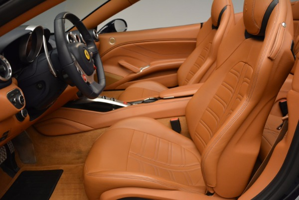 Used 2015 Ferrari California T for sale Sold at Aston Martin of Greenwich in Greenwich CT 06830 26