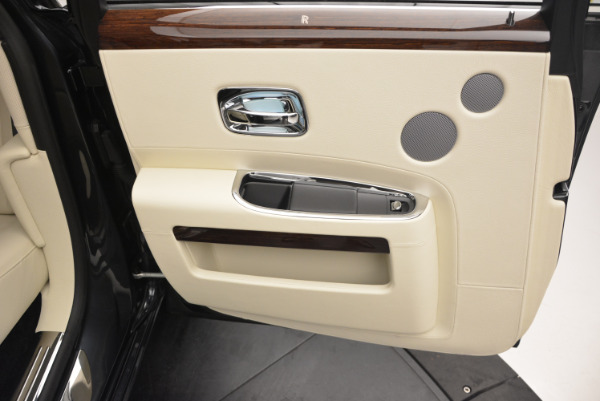 Used 2013 Rolls-Royce Ghost for sale Sold at Aston Martin of Greenwich in Greenwich CT 06830 26