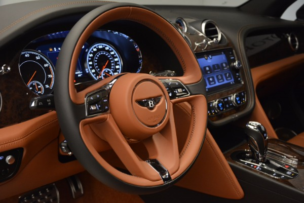 Used 2017 Bentley Bentayga for sale Sold at Aston Martin of Greenwich in Greenwich CT 06830 26